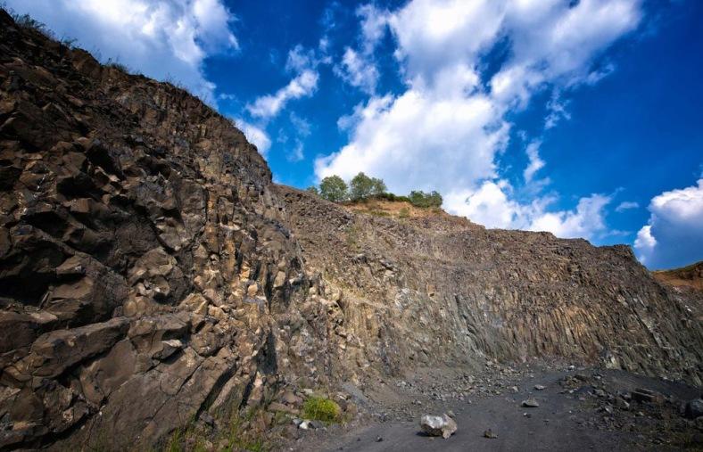 basalt rock in soave